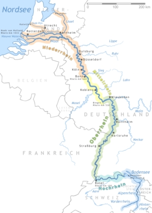 Rhein verkehrsreiche Wasserstraße